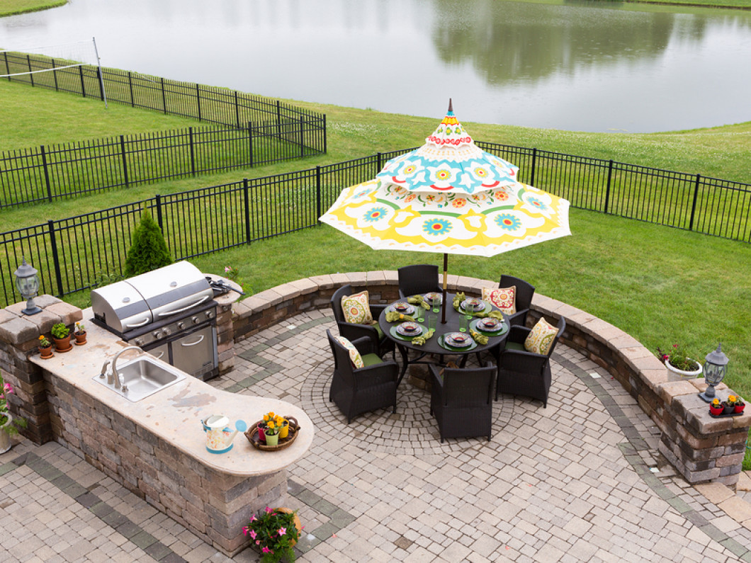 Nobody knows Outdoor Living better than Paul's Tile Inc. of Memphis, TN